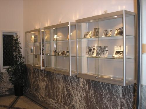 bev100 w armoire vitrine murale h100xl100xp30cm burodepo meubles et mobilier de bureau neufs. Black Bedroom Furniture Sets. Home Design Ideas